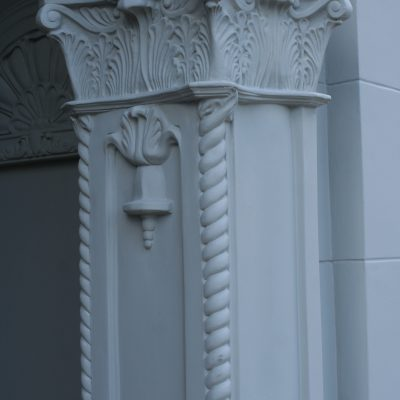 Figure 8 Right side capital and column after restoration